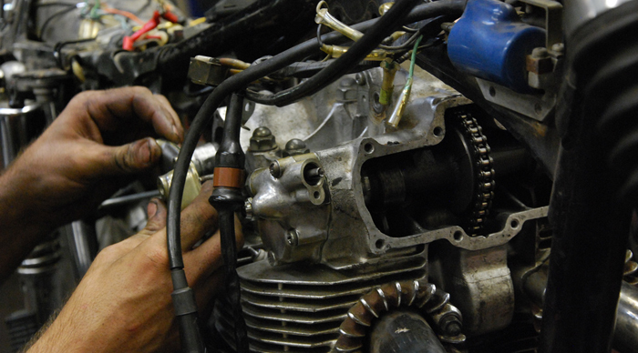 When this is all over, I'll know more about CB450 cams than I'd care to.